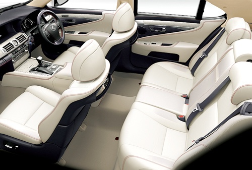 interni auto Lexus