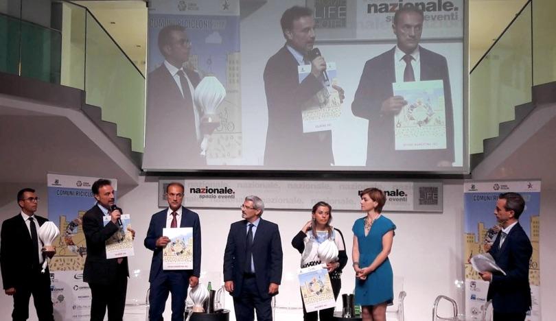 Risultati immagini per Comuni Ricicloni: Assobioplastiche premia la Gdf-Nucleo Tutela Intellettuale e Arpa Umbria