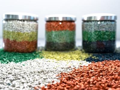 Laborplast granuli PVC