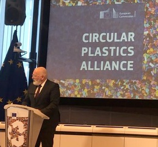 circular plastics alliance Frans Timmermans