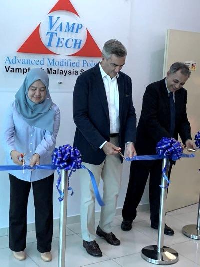 Vamptech Malesia taglio nastro