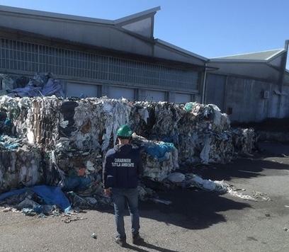 sequestro rifiuti Carabinieri