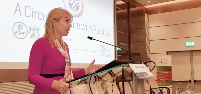 Elzbieta_Bienkowska al convegno EuPC