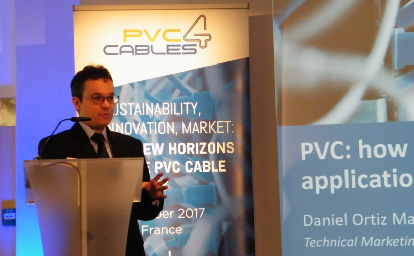 PVC 4 cables conference