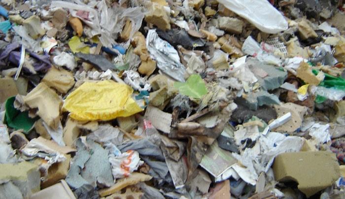 rifiuti plastici misti