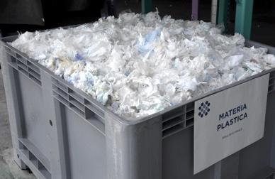 Contarina riciclo plastica da pannolini