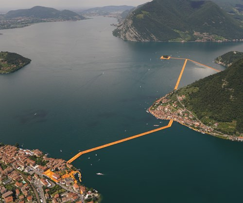 The Floating Piers Photo: Wolfgang Volz © 2016 Christo